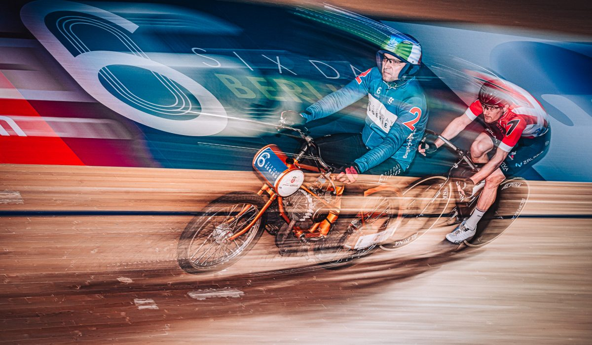 In January 2020 we've had the great opportunity to attend the 6 Days Series in Berlin as photographers and were able to capture this speedy moment with Christian Dagnoni and Marc Hester during the derny race. We're looking forward to the return of these amazing track events with their special atmosphere.